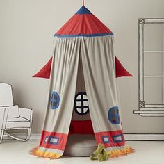 why did i not have a rocketship tent when i was a kid? way to drop the ball, mom and dad