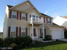 Very Nice 4 bedroom, ... 2.5 bath Colonial features formal living and dining…