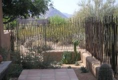 Simple and Crazy Ideas Can Change Your Life: Old Wooden Fence metal fence gate.Glass Fence Stairs split rail fence with stone. Garden Fence Panels, Fence Plants, Front Yard Fence, Fence Art, Garden Fencing, Fenced In Yard, Low Fence, Lattice Fence, Brick Fence