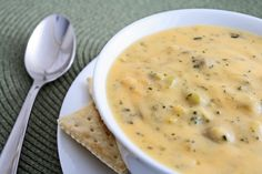 Broccoli Cheese Soup / Broccoli Cheese Soup Recipe - Fast and easy using frozen broccoli and cheese ready in 40 minutes Cauliflower Cheese Soups, Cheddar Cheese Soup, Broccoli Cheese Soup, Broccoli Cheddar, Soup Recipes, Cooking Recipes, Drink Recipes, Good Food, Yummy Food