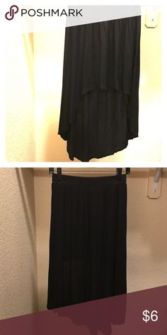 High low black skirt Black Molli & Mia sized S high/low skirt. Front hits right at knees on 5ft3 person. Made of 95% rayon 5% spandex. Skirts High Low