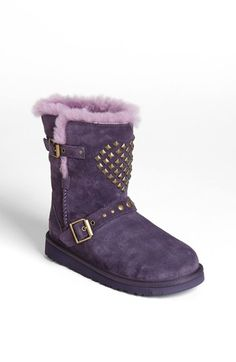 UGG for girls - with a delicious studded heart - <3