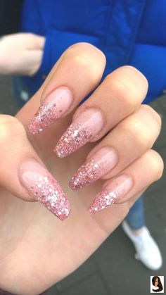 25 +> Nail Fashion 2019 - Acryl Nägel Sarg - The Effective Pictures We Offer You About rainbow nails A quality p Coffin Nails Glitter, White Acrylic Nails, Aycrlic Nails, Best Acrylic Nails, Summer Acrylic Nails, Glitter Nail Art, Manicures, Pink Nails, Cute Nails