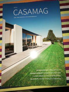 Merci Casamag pour cet article sur notre travail... Nous sommes à votre disposition pour la création sur mesure de tous vos lustres et luminaires