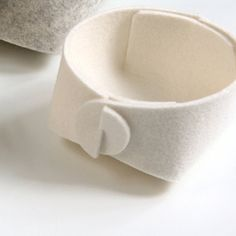 Modern desk organizer  white felt jewelry by SKANDINAVIOUS on Etsy, $22.00
