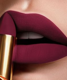 Lipsticks are my favorite makeup products! If I have to choose one makeup product, I'll absolutely choose lipsticks! Lipstick kit is important at my life. Lipstick Art, Lipstick Shades, Lip Art, Cheap Lipstick, Lip Makeup, Makeup Tips, Beauty Makeup, Makeup Ideas, Dress Makeup
