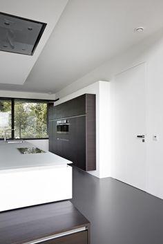 Keuken met deuren van Bod'or by Marcel Wolterinck - Residential - Deuren: La Ligne