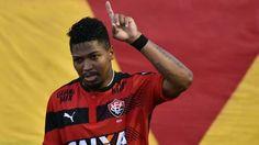 Com gol contra Vitória derrota São Paulo que fica só a três pontos da degola - ESPN.com.br