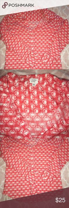 Crown and ivy crab button up Red crown and ivy button up with crab pattern crown and ivy Tops Button Down Shirts