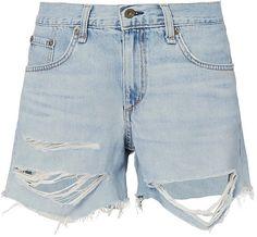 14 Ways to Wear Boyfriend Shorts Denim Overalls Outfit, Denim Shorts Style, Distressed Denim Shorts, Ripped Shorts, Ripped Denim, Boyfriend Shorts, Tomboy Fashion, Women's Fashion, Light Denim