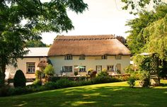 The Barn & Pinn Cottage, Bowd Cross, Sidmouth, Devon, UK, England. Bed and Breakfast. Stay. Staycation. Travel. Pets Welcome. Garden. Children Welcome. Golf Nearby. Coast Nearby.