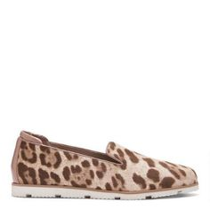PESACH - Wow them with the dramatic details of this extraordinary ladies loafer. Made with snow leopard haircalf, the PESACH is a work of art. Signature Collection, Snow Leopard, Loafers For Women, Euro, Packing, Lady, Shoes, Fashion, Bag Packaging