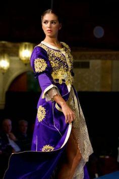 Superbe modèle du caftan Marocain en Bleu 2014