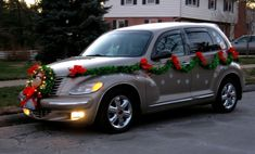 The TAZ CRUISER. on the road in Christmas mode. This is how my 2003 Chrysler PT Cruiser looks at Christmas. I drive it decorated just like this! Christmas Car Decorations, Christmas Lights, Christmas Ornaments, Holiday Decor, Christmas Scenes, Christmas Time, Merry Christmas, 12 Days Of Xmas, Pt Cruiser
