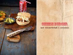Cheeseburger med kikærtebøf og coleslaw