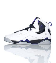 JORDAN Lace up front closure Contrasting colors Padded mesh tongue with  logo Hightop sneaker d771db2de