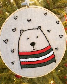 Cute Embroidery Patterns, Name Embroidery, Hand Embroidery Projects, Basic Embroidery Stitches, Hand Embroidery Videos, Simple Embroidery, Learn Embroidery, Hand Embroidery Designs, Cross Stitch Embroidery