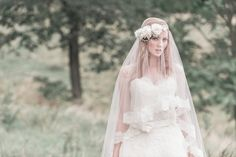 Maud-French-Veil-and-Renee-Floral-Halo2.jpg (630×420)