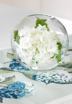 {Pentik Hortensia} Decor, Interior, Table, Home Decor, Vase, Table Decorations, Glass Vase, Glass, Interior Design
