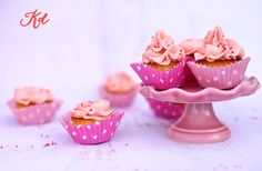 Almond and Lingonberry Mini Cupcakes