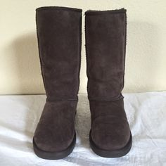 UGG Australia  Chocolate Classic Tall Boots Sz 7 These boots are in really great condition. You can see a tiny bit of fray on stitching from wear but barely noticeable.   NO TRADES or LOW BALL OFFERS UGG Shoes Winter & Rain Boots