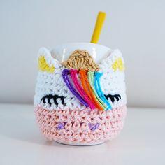 Crochet Cup Cozy, Crochet Home, Crochet Baby, Knit Crochet, Crochet Coaster Pattern, Crochet Patterns, Crochet Ideas, Mason Jar Cozy, Crochet Mermaid