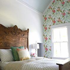 girl's vintage bedroom