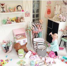 gingerbreadhouse kinderzimmer pastell und spielen. Black Bedroom Furniture Sets. Home Design Ideas