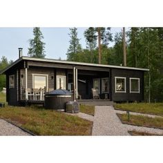 Sauna Kuikka - Valokuva etuvasemmalta Garage Doors, Cabin, House Styles, Outdoor Decor, Home Decor, Decoration Home, Room Decor, Cabins, Cottage