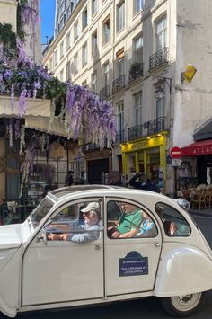 European Summer, Italian Summer, Summer Aesthetic, Travel Aesthetic, Places To Travel, Places To Go, Northern Italy, Oui Oui, Aesthetic Pictures