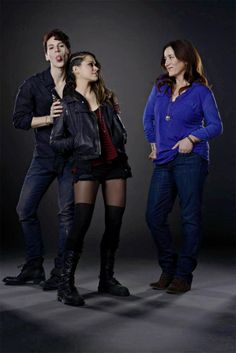 Orphan Black - Lovely foster Family <3 Sarah Manning , Felix  Dawkins, Mrs. S (Siobhan Sadler)