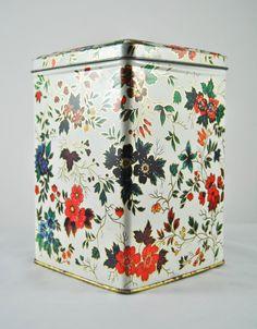 tea tins~ I had this one!