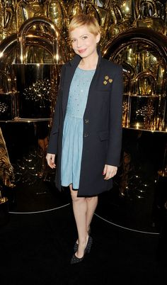 Michelle Williams looking adorable as always, at the Mulberry AW 2012 show during LFW