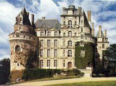 Château de Brissac à Brissac-Quincé en France (XVIIe siècle)