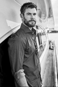 CHRIS HEMSWORTH  #chrishemsworth #handsome #hotness
