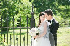 St. Louis spring wedding inspiration : L Photographie || Ceremony: Four Seasons || Reception: Four Seasons || On location photos: Lafayette Park