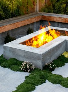 OUTDOOR FIREPLACES AND FIRE PITS IDEAS
