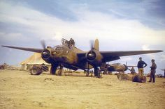 Saaf Boston of 24 Sqn. in North Africa. Aircraft Parts, Ww2 Aircraft, Military Aircraft, South African Air Force, Colorized Photos, Ww2 Photos, Air Force Aircraft, Navy Marine, Vintage Airplanes