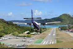 De Havilland Canada DHC-6-300 Twin Otter aircraft picture