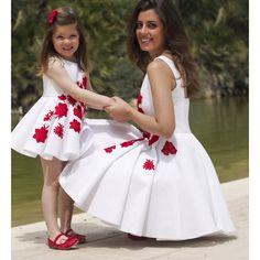 Resultado de imagen para vestidos para mamas y bebe iguales