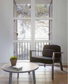 Las #butacas son piezas muy decorativas, además de funcionales. Elegir la adecuada puede hacer que nuestros ambientes resulten realmente especiales. En BLR Interiorismo tienes una gran selección. #butacasdediseño #butacaselegantes #decosalon #mueblessalon  • • #blrinteriorismo #decoracion #interiorismo #muebles #proyectosinteriorismo #proyectosdecoracion #mueblesdediseño #muebleselegantes #decoracionmadrid #interiorismomadrid