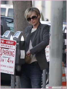 Portia de Rossi Stops By The Salon