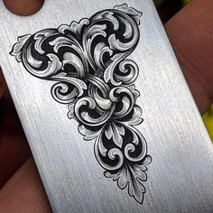 Lauren Tuggle brought one of the designs in my book to life with this engraving. Prior to this, the design was digital and… Swirl Tattoo, Filigree Tattoo, Gravure Metal, Arabesque, Jagua Henna, Foam Carving, Custom Paint Motorcycle, Desenho Tattoo, Metal Engraving
