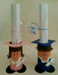 Graduation crafts for kids Graduation Crafts, Kindergarten Graduation, Graduation Decorations, Kids Crafts, Preschool Crafts, Diy And Crafts, Toilet Paper Roll Crafts, Paper Crafts, Cardboard Tubes