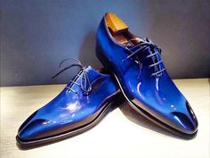 Blue shoes. The #Casanova with a sculpted toe. #Corthay