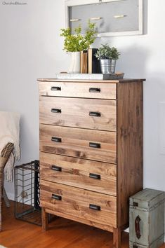 How to Stain an Ikea Tarva Dresser #ikea #ikeahack #farmhouse #farmhousestyle #dresser #diy