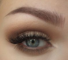 flirty makeup tutorial for blue eyes Click on your eye type for a more detailed eye makeup tutorial: deep set if your eyes are red, add an eyeliner with a blue undertone to.
