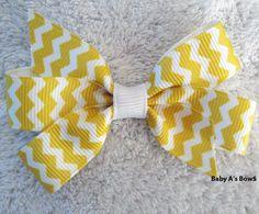 2.5 Gold and White Chevron Mini Pinwheel Bow by BabyABows on Etsy, $3.00 #chevron #chevronbow #mini #pigtails #pinwheelbow #fall #gold