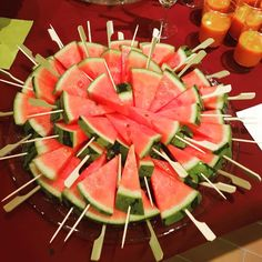 gate socializing # fruit # beaver Related posts: No related posts. Finger Food Appetizers, Finger Foods, Appetizer Recipes, Party Treats, Party Snacks, Sweet Recipes, Healthy Recipes, Watermelon Art, Low Carb Lunch