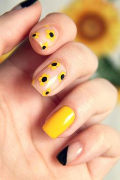 nail art designs easy / nail art designs - nail art - nail art designs for spring - nail art videos - nail art designs easy - nail art designs summer - nail art diy - nail art summer Spring Nail Art, Nail Designs Spring, Spring Nails, Summer Nails, Simple Nail Art Designs, Simple Art, Cute Nail Art, Cute Nails, Nail Art Diy